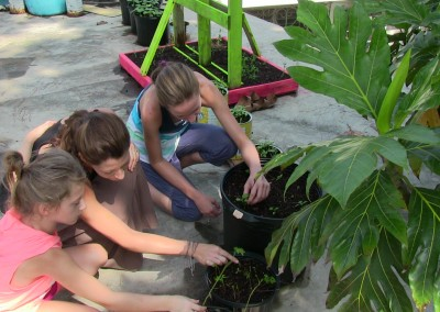Pfamily Girls Planting